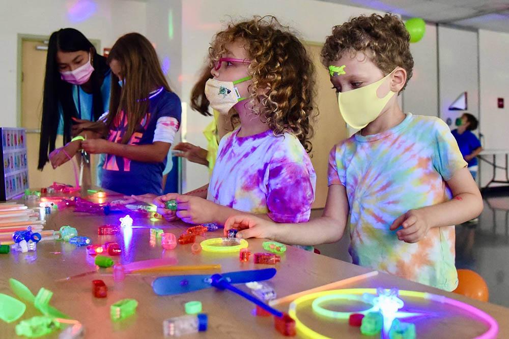 Kids Connection Indoor Crafts